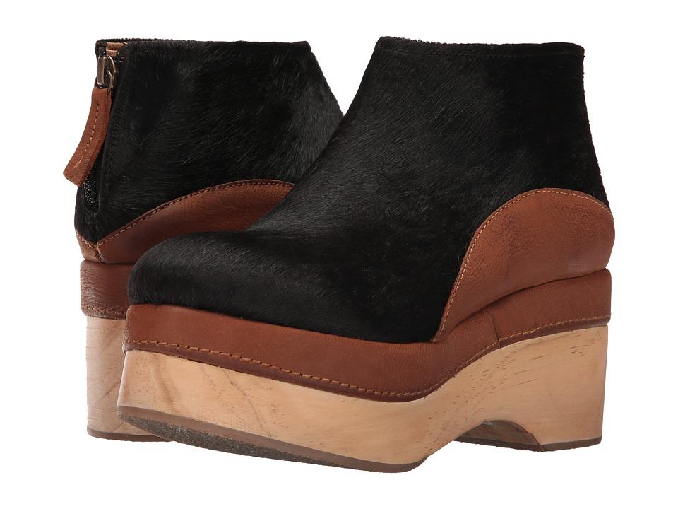 Free People - Camilla Clog (Black) Women's Clog Shoes