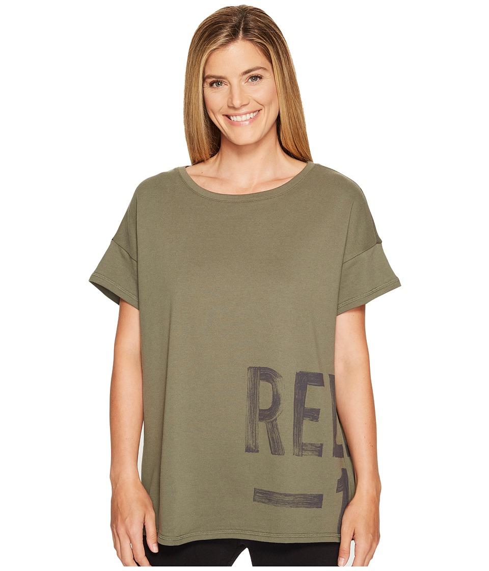 Reebok - S Faves Short Sleeve Shirt (Hunter Green) Women's Clothing