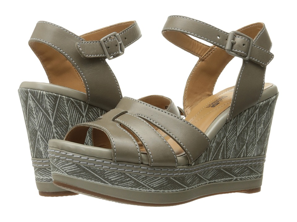 Clarks - Zia Noble (Sage Leather) Women's Sandals