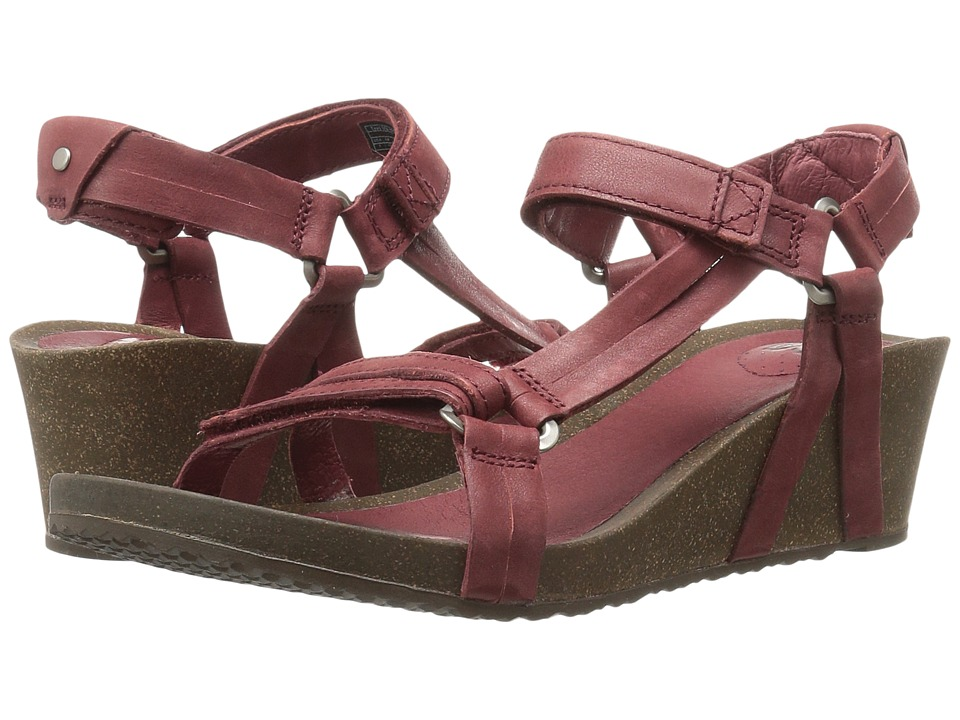 Teva Ysidro Universal Wedge (Fired Brick) Women