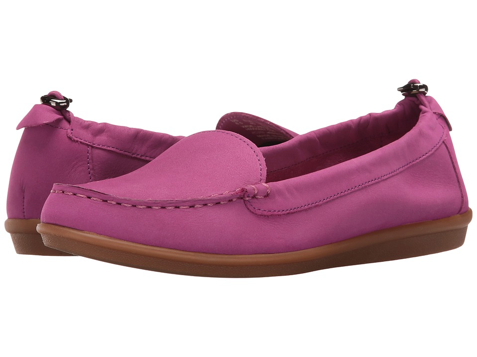 Hush Puppies - Endless Wink (Light Purple Nubuck) Women's Slip on Shoes