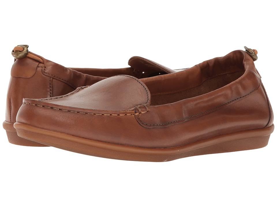 Hush Puppies - Endless Wink (Tan Leather) Women's Slip on Shoes