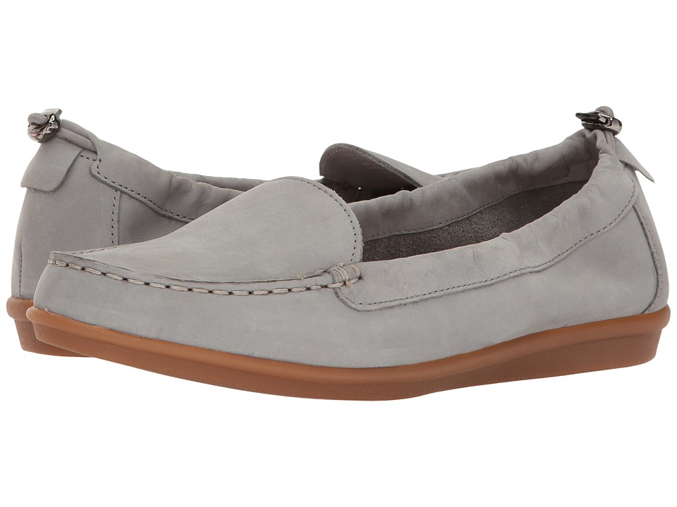 Hush Puppies - Endless Wink (Frost Grey Nubuck) Women's Slip on Shoes