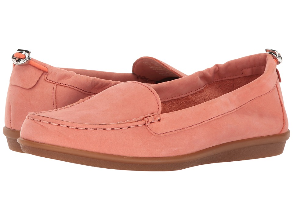 Hush Puppies - Endless Wink (Coral Nubuck) Women's Slip on Shoes