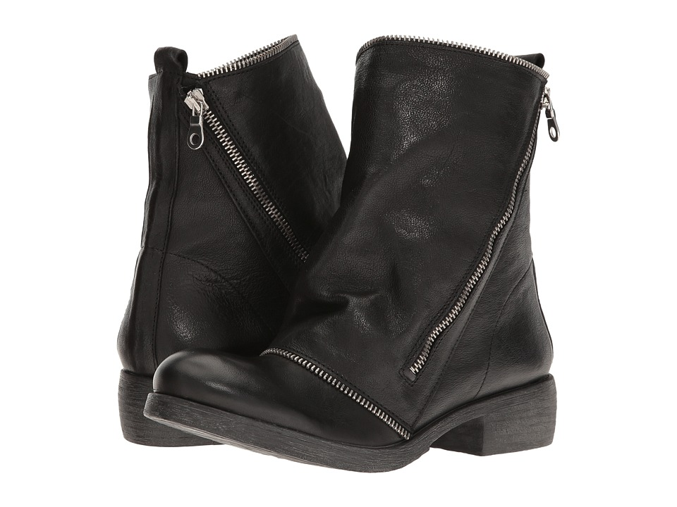 Massimo Matteo - Low Boot with Zipper (Black) Women's Boots