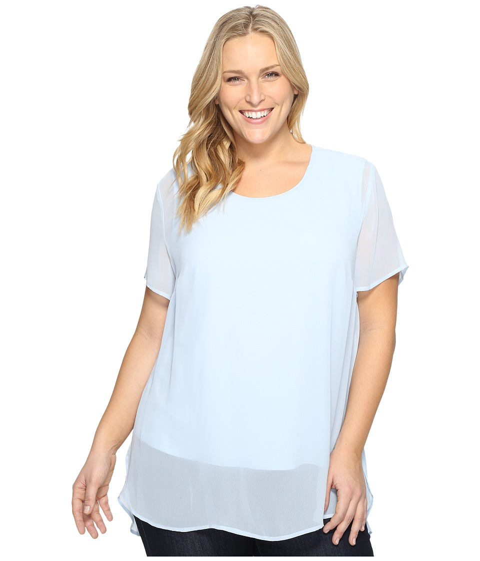 Vince Camuto Specialty Size - Plus Size Short Sleeve Crew Neck Chiffon Overlay Blouse (Dew Blue) Women's Clothing