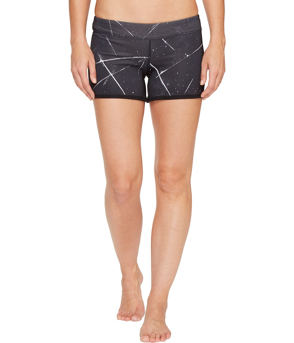 Reebok - CrossFit Reversible Chase Mid Shorts (Black) Women's Shorts
