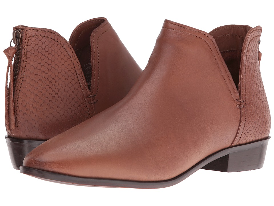 Kenneth Cole Reaction Loop There It Is (Tan) Women