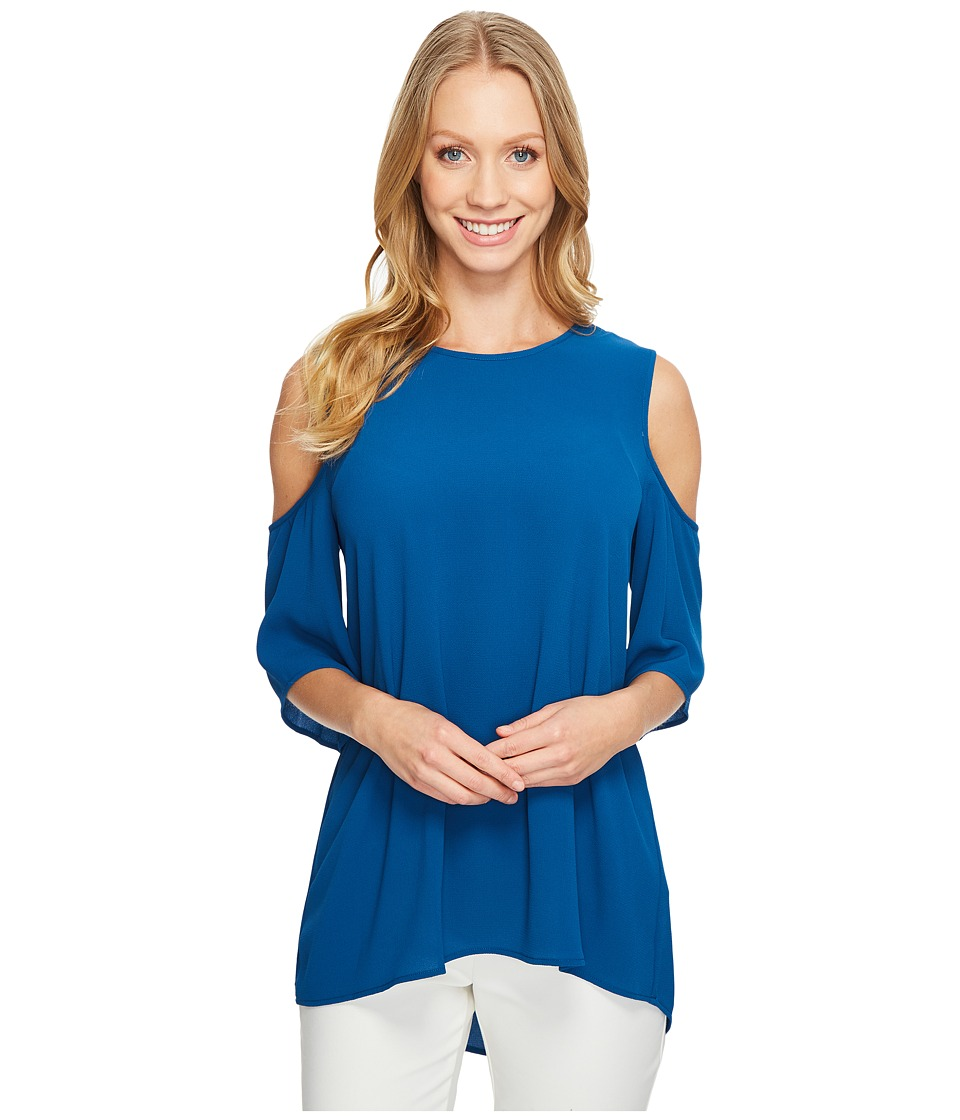 Vince Camuto - Short Sleeve Cold-Shoulder High Low Hem Blouse (Port Blue) Women's Blouse