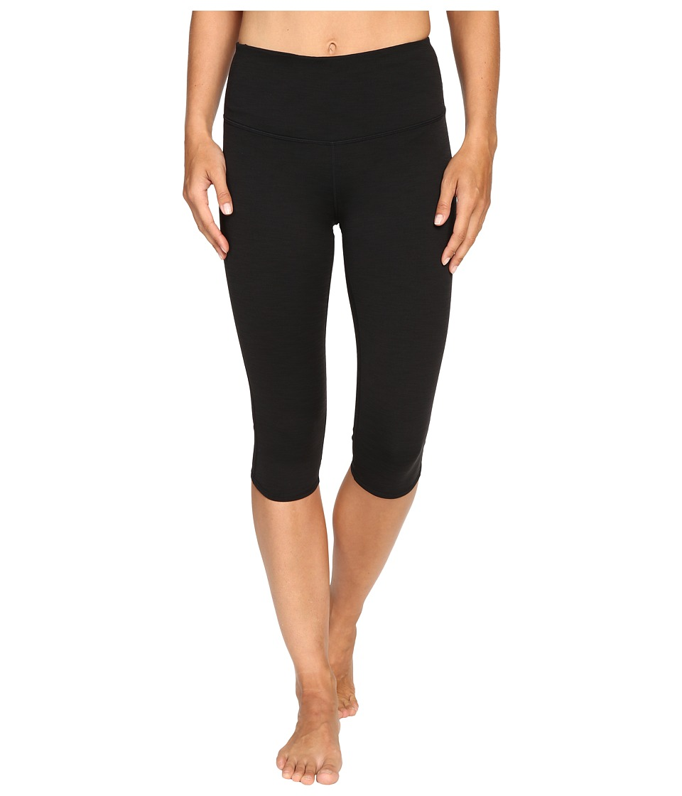 Manduka - Knee Hugger (Black) Women's Shorts