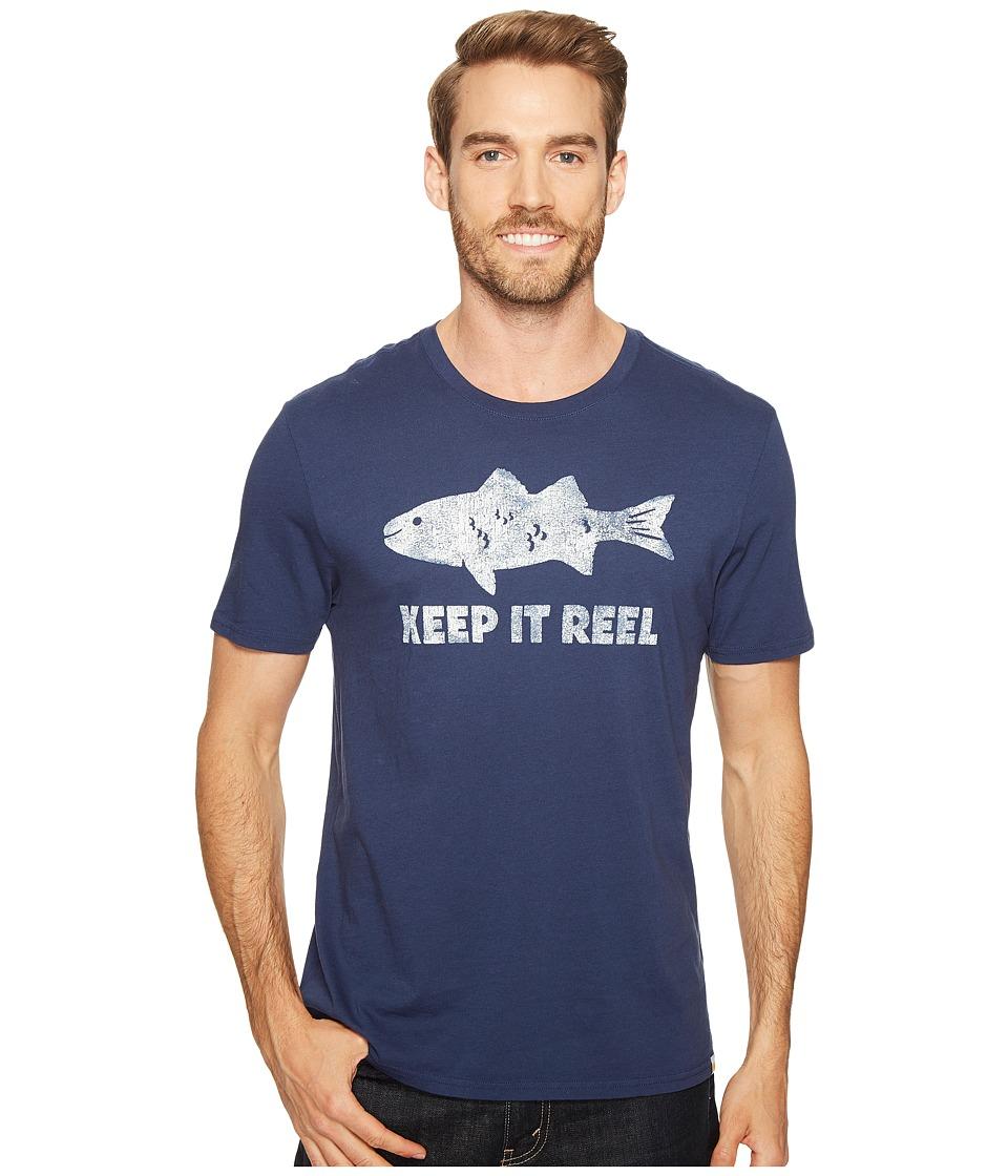 Life is Good Reel Fish Smooth Tee (Darkest Blue) Men