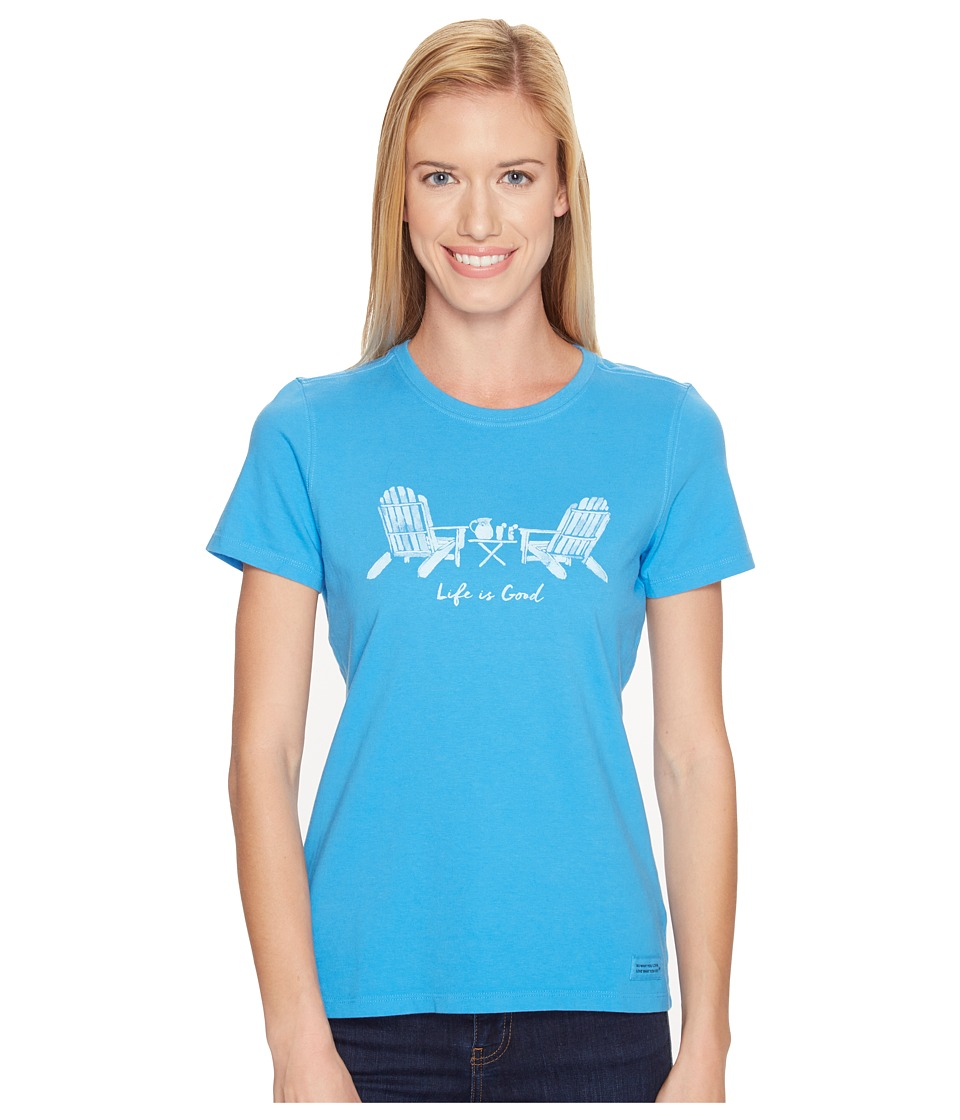 Life is Good - Adirondack Chairs Crusher Tee (Tile Blue) Women's T Shirt