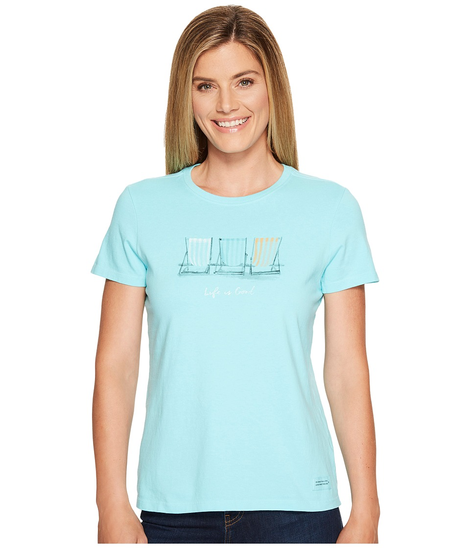 Life is Good Beach Chairs Crusher Tee (Fresh Blue) Women