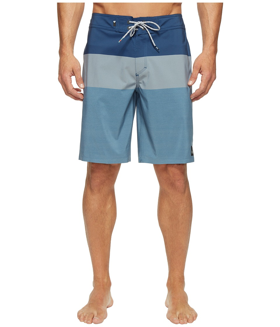 Quiksilver - Highline Blocked Vee 20 Boardshorts (Estate Blue) Men's Swimwear