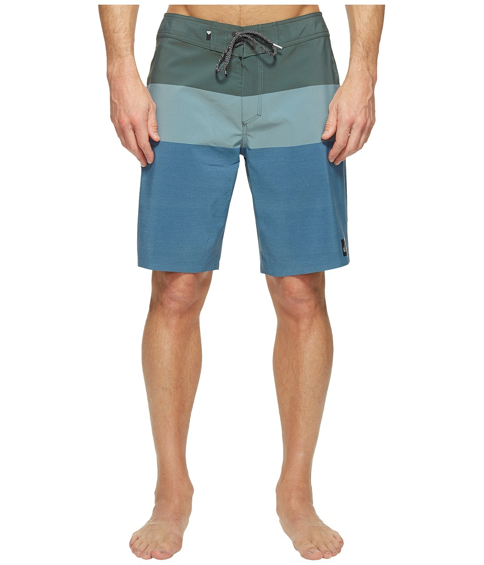 Quiksilver - Highline Blocked Vee 20 Boardshorts (Four Leaf) Men's Swimwear