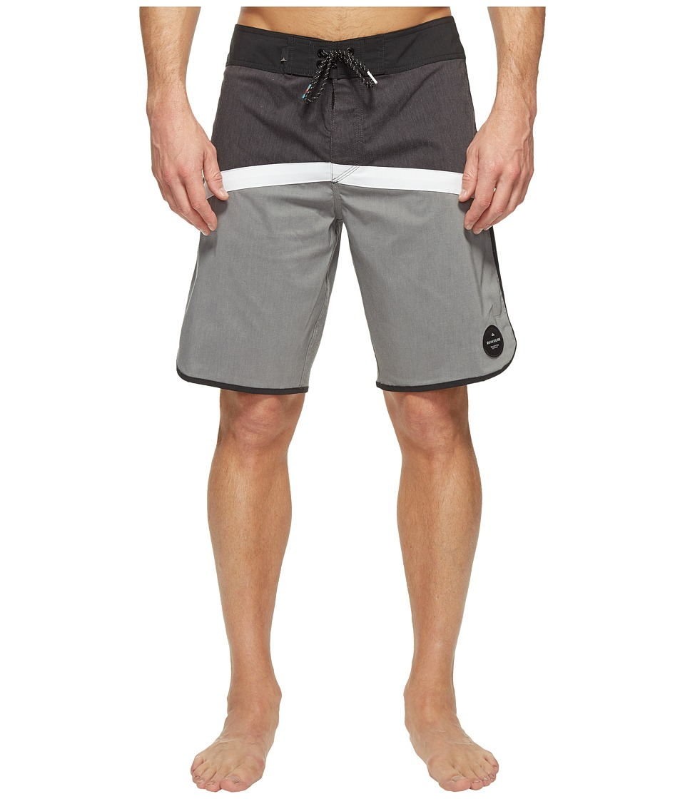 Quiksilver - Crypto Scallop 20 Boardshorts (Black) Men's Swimwear