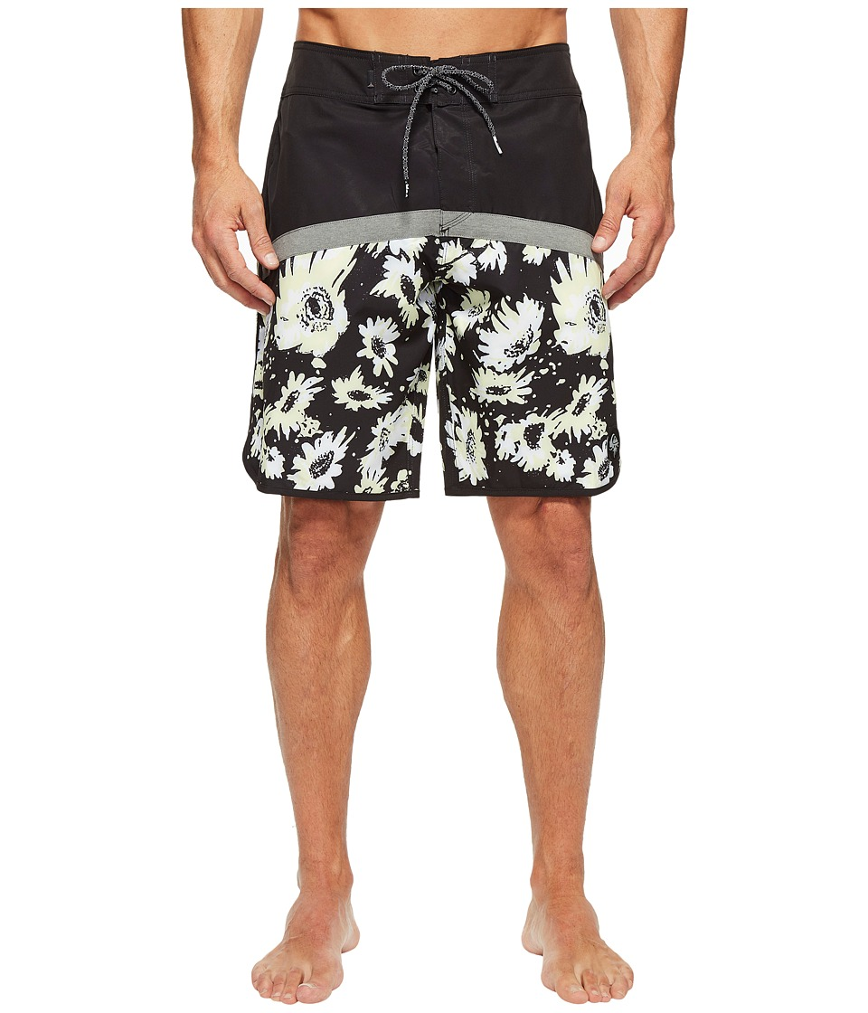 Quiksilver - Crypt Scallop 20 Boardshorts (Black) Men's Swimwear