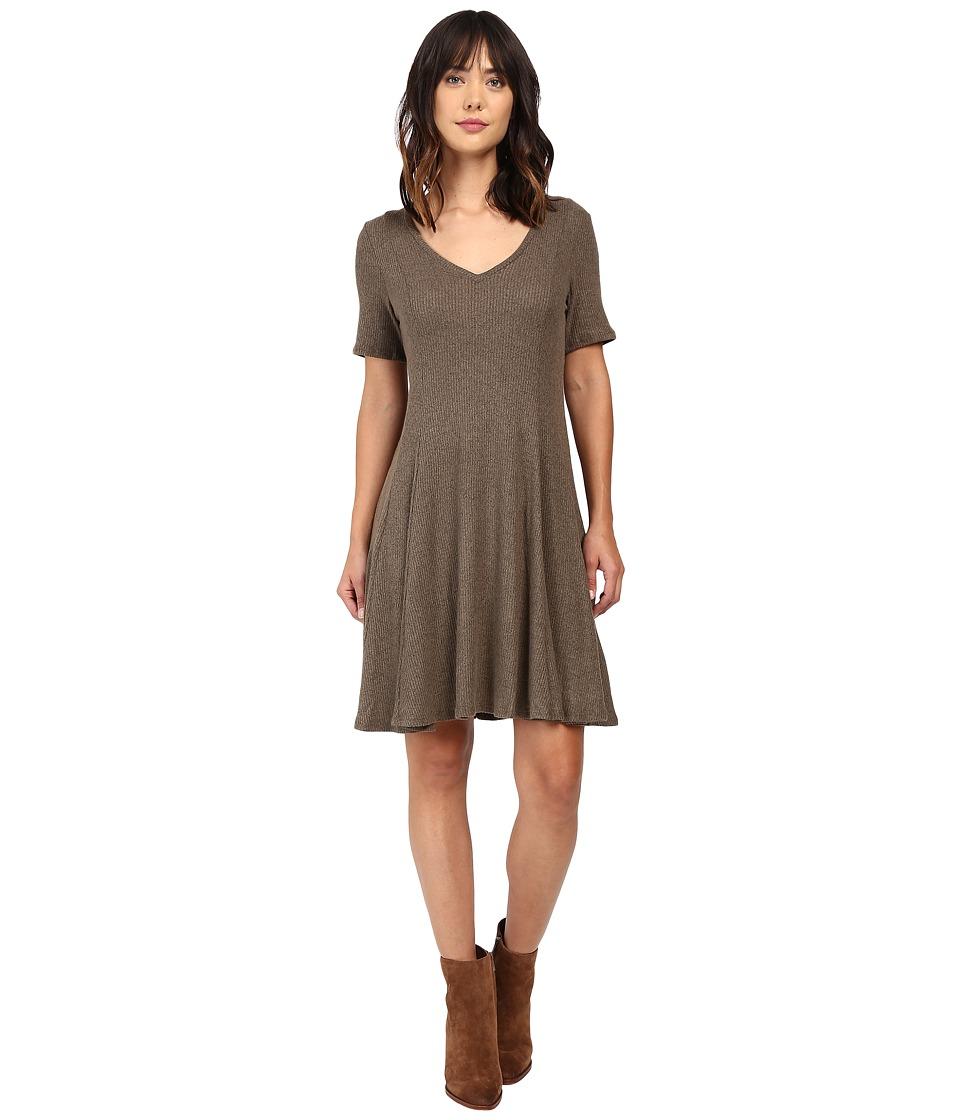 Culture Phit Marceline Short Sleeve Sweater Dress (Olive) Women