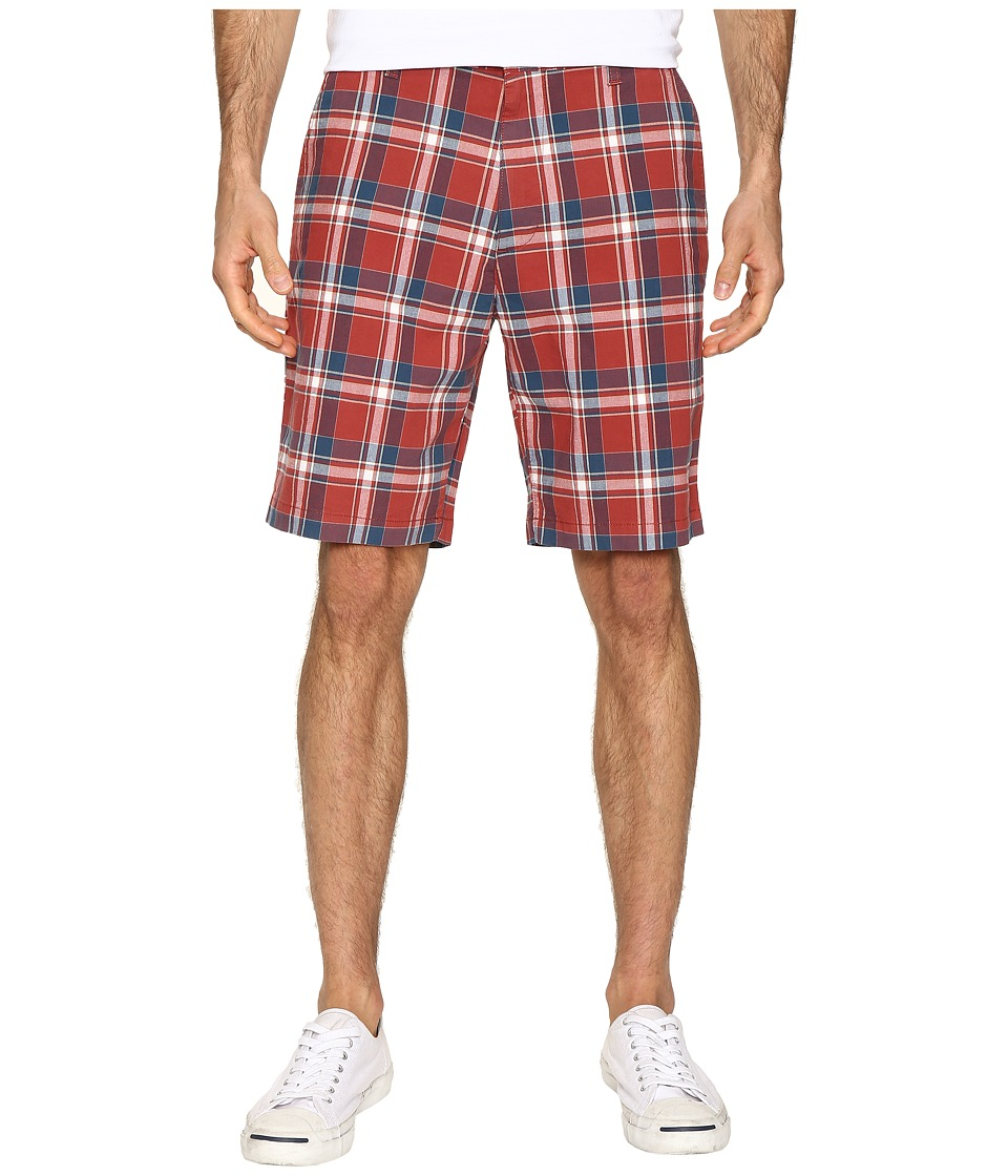 Dockers - Perfect Short Classic Fit Flat Front (Palmer Red Paint Stretch) Men's Shorts