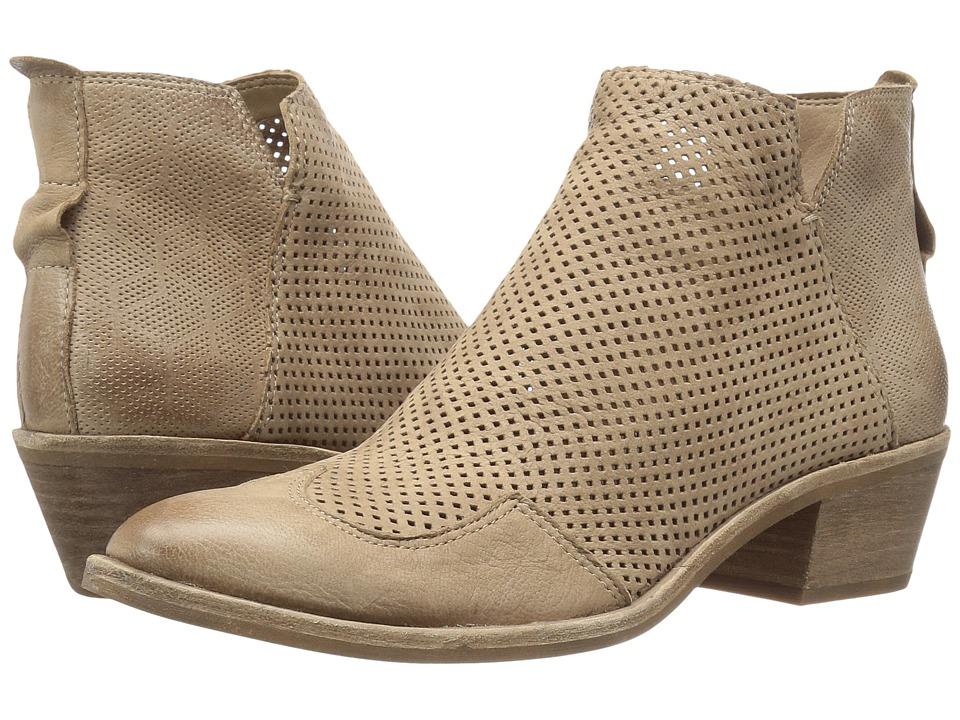 Dolce Vita - Sahira (Taupe Nubuck) Women's Shoes