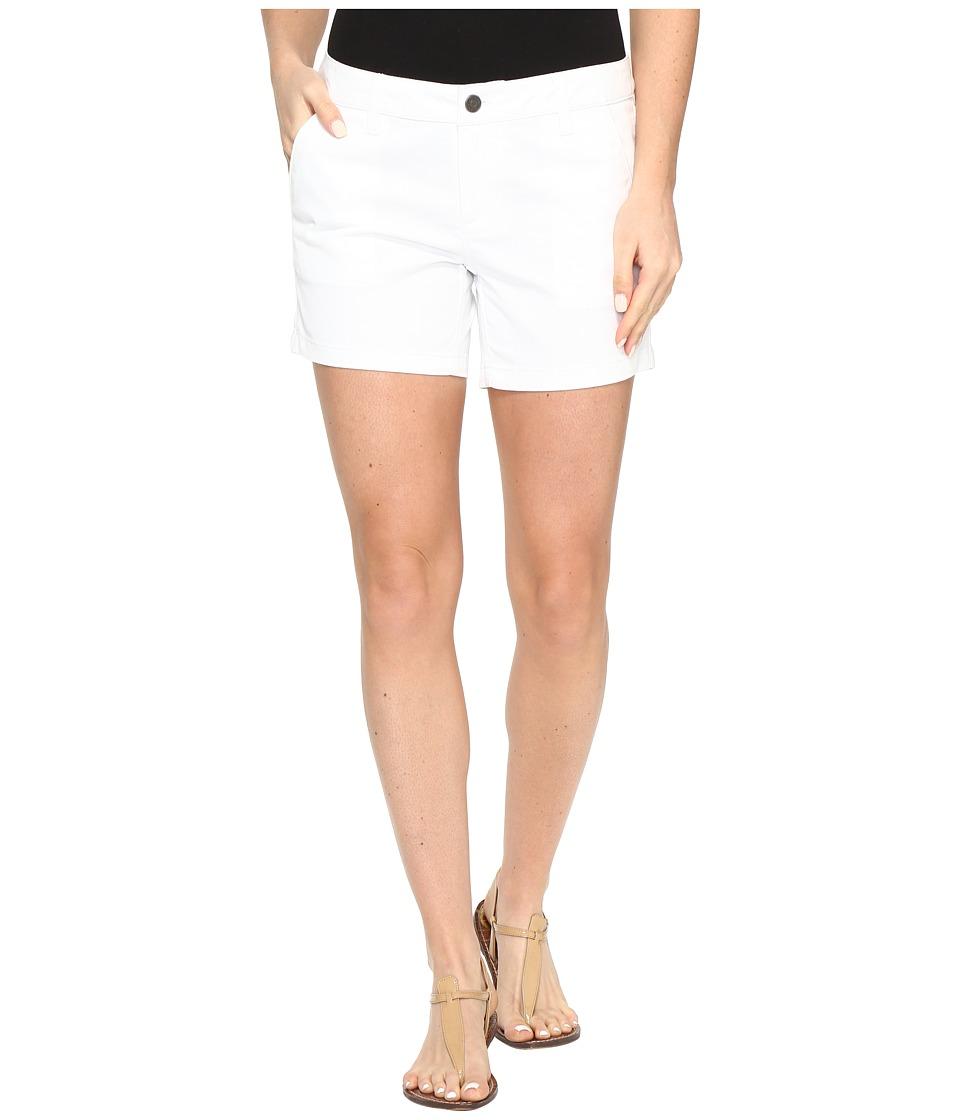 "Volcom - Frochickie 5"" Shorts (White) Women's Shorts"