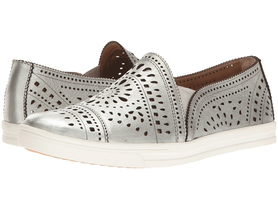 Earth - Tangelo (Silver Metallic Leather) Women's Slip on Shoes