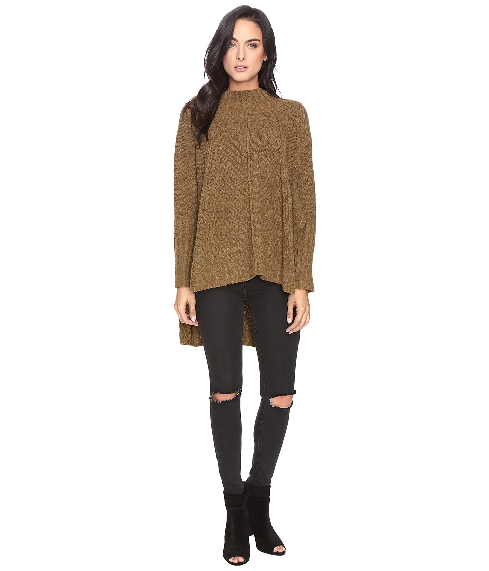 Free People - Spin Around Poncho (Moss) Women's Clothing