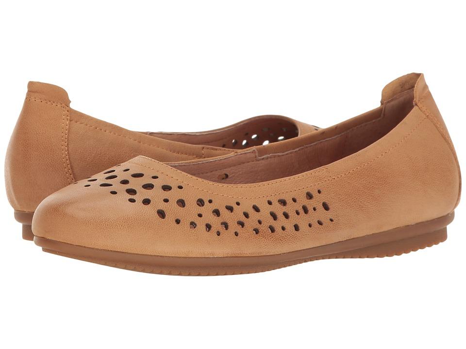 Josef Seibel - Pippa 29 (Camel) Women's Flat Shoes