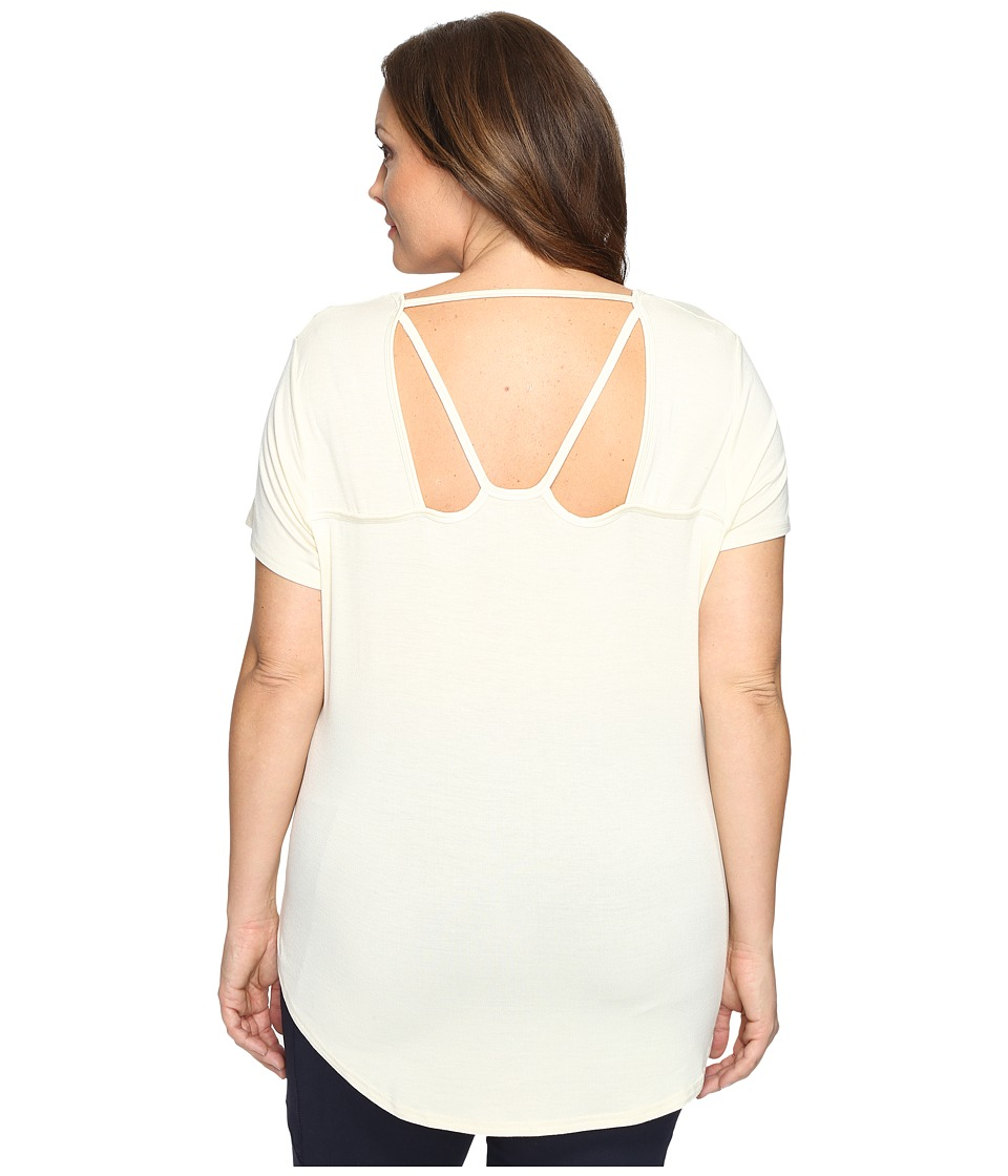 Marika Curves - Plus Size Reina T-Shirt (Cloud Cream) Women's T Shirt