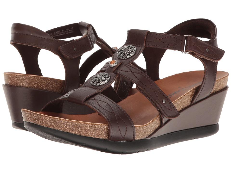 Minnetonka - Della (Chocolate Leather) Women's Sandals