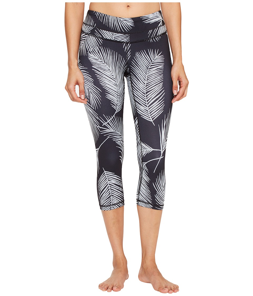 Lucy - Studio Hatha Capri Leggings (Lucy Black Palm Print) Women's Workout