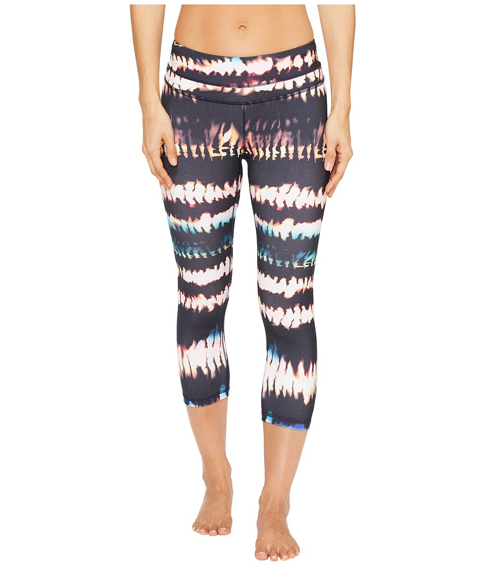 Lucy - Studio Hatha Capri Leggings (Multi Fire Dance Print) Women's Workout