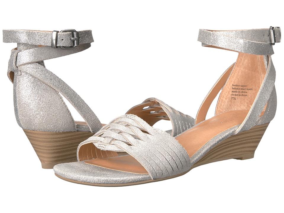 Seychelles - Sincere (Silver Metallic) Women's 1-2 inch heel Shoes