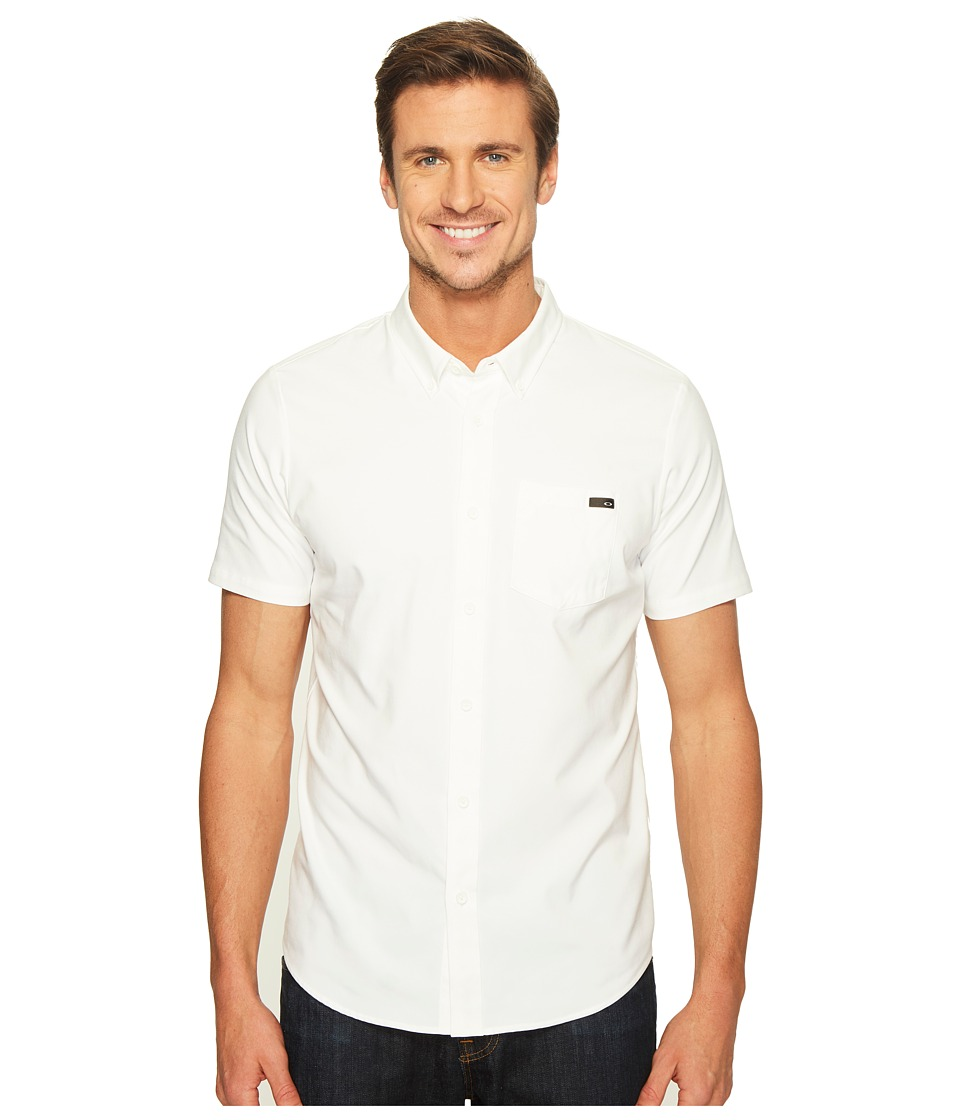 Oakley - Icon Short Sleeve Woven (White) Men's Clothing