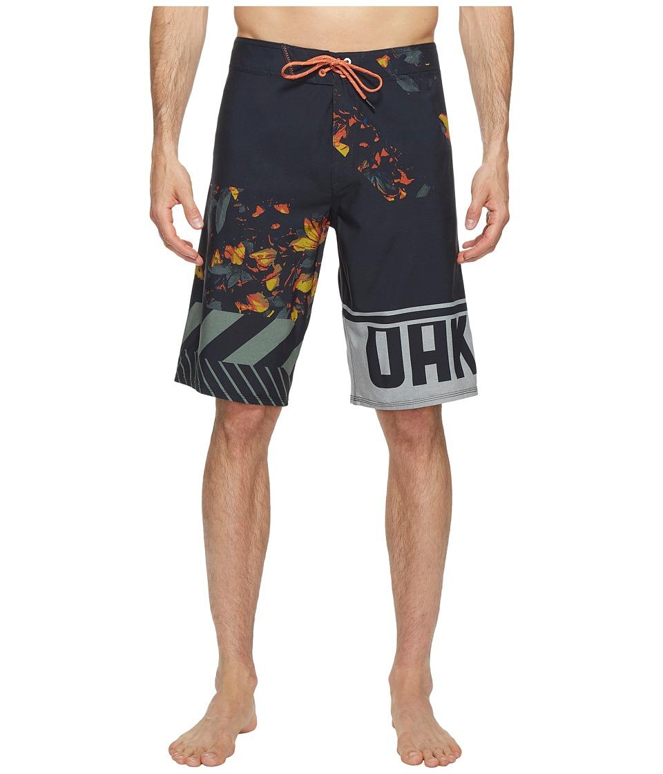 Oakley - Lowers 21 Boardshorts (Blackout) Men's Swimwear