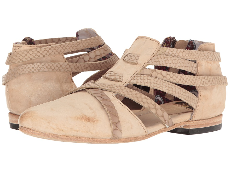 Freebird - Emory (Natural) Women's Shoes