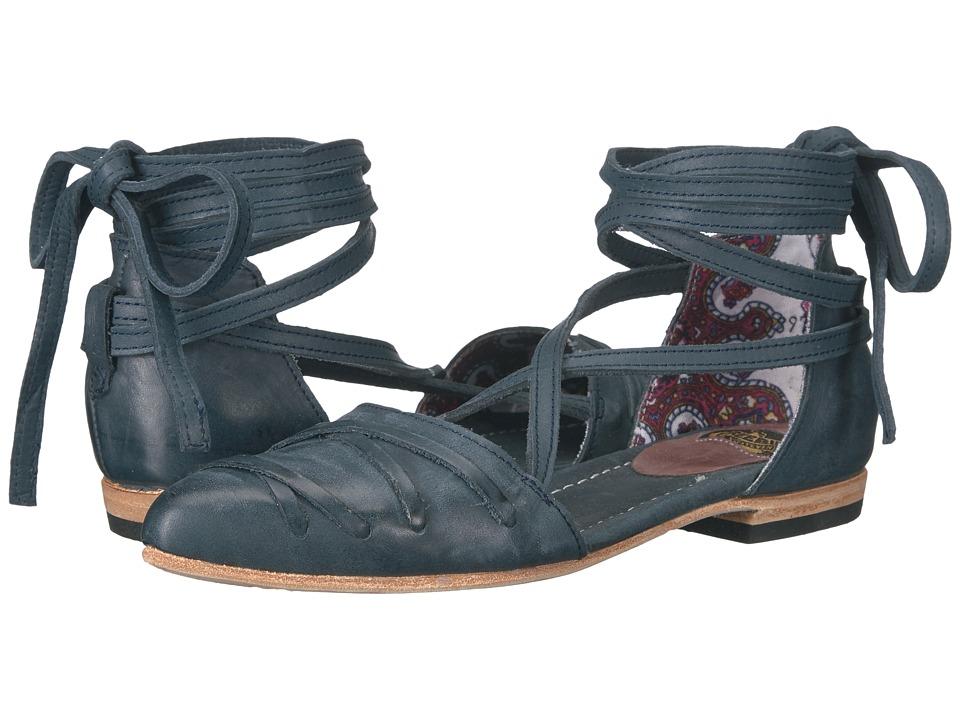 Freebird - Eryn (Blue) Women's Shoes
