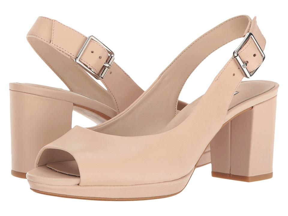 Clarks - Kelda Spring (Nude Leather) Women's Shoes