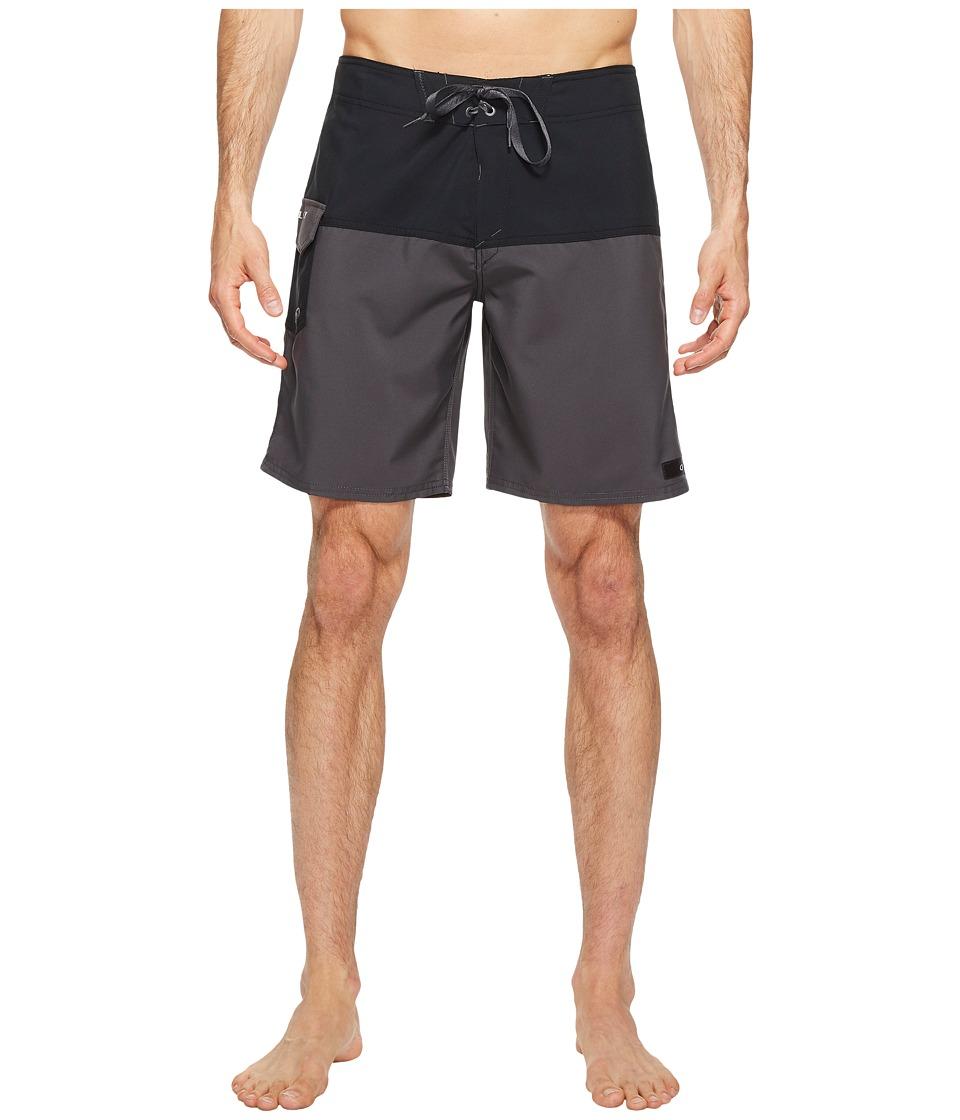 Oakley - Road Block 20 Boardshorts (Forged Icon) Men's Swimwear