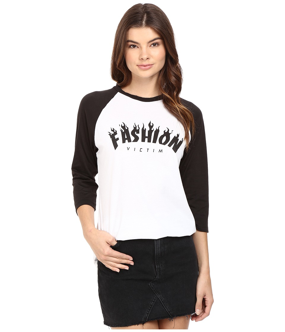 StyleStalker - Fashion Victims Rag (Black/White) Women's T Shirt