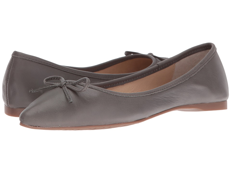 Steve Madden - Shyly (Grey Leather) Women's Dress Flat Shoes