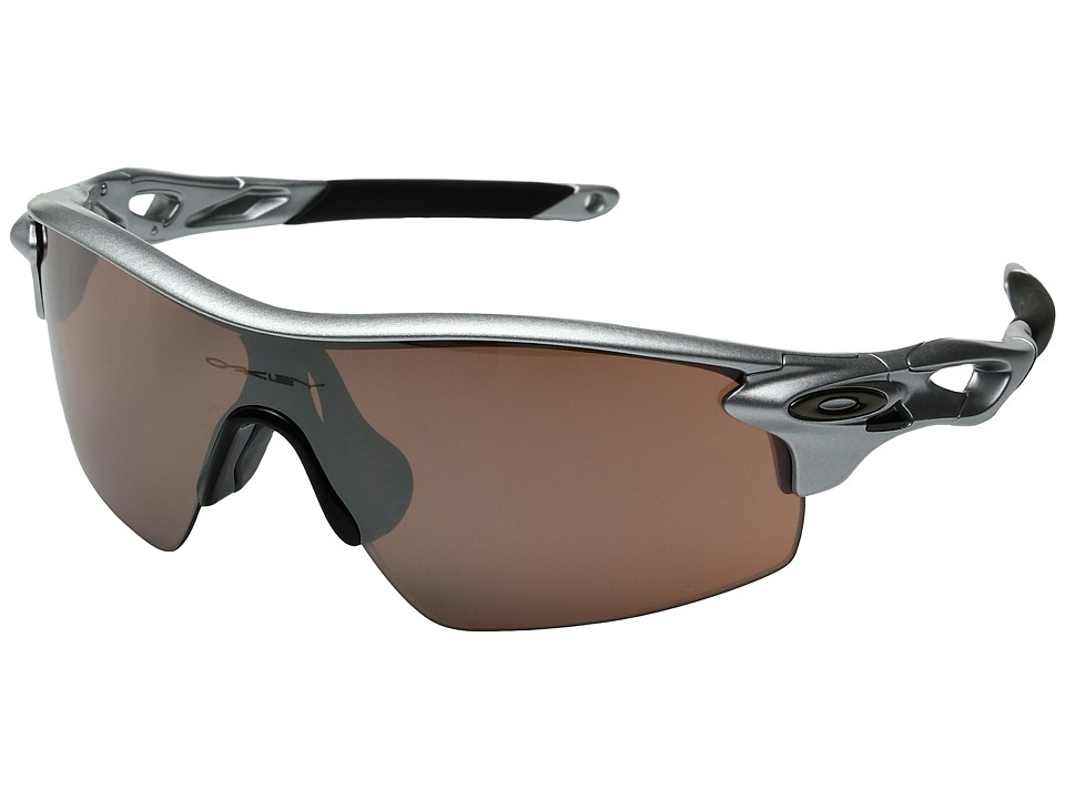 Oakley - Radarlock Pitch (Silver/VR28 Black Iridium) Sport Sunglasses
