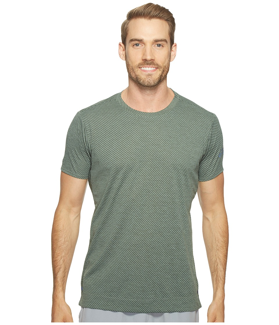 adidas - Freelift Tee - Climachill Speed Series Stripes (Chill Trace Green/UI DD) Men's T Shirt