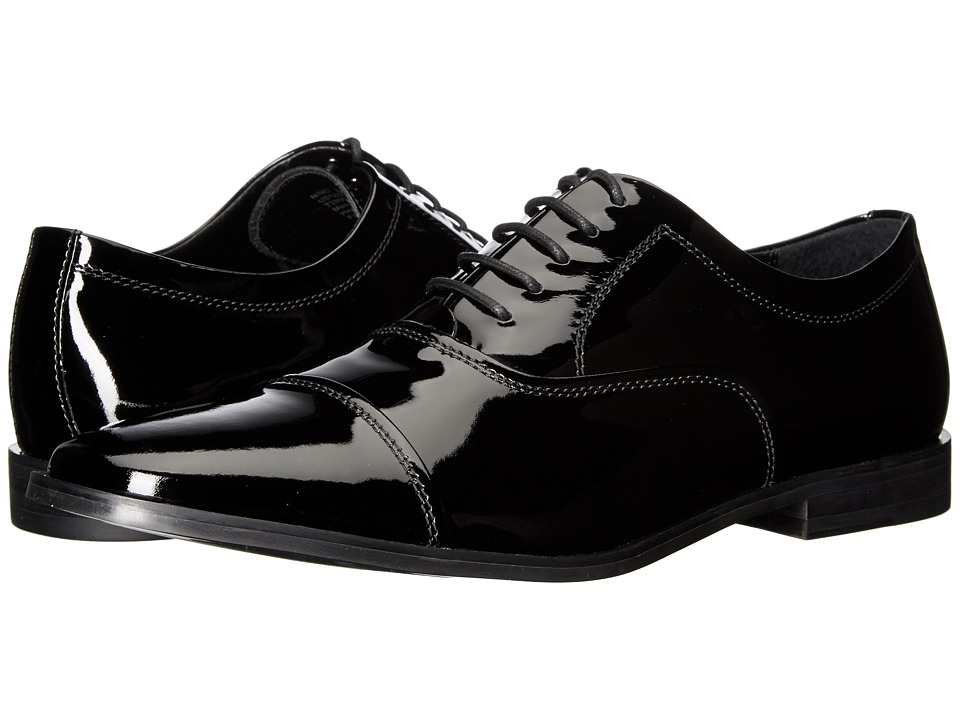 Calvin Klein - Nino (Black Patent) Men's Plain Toe Shoes