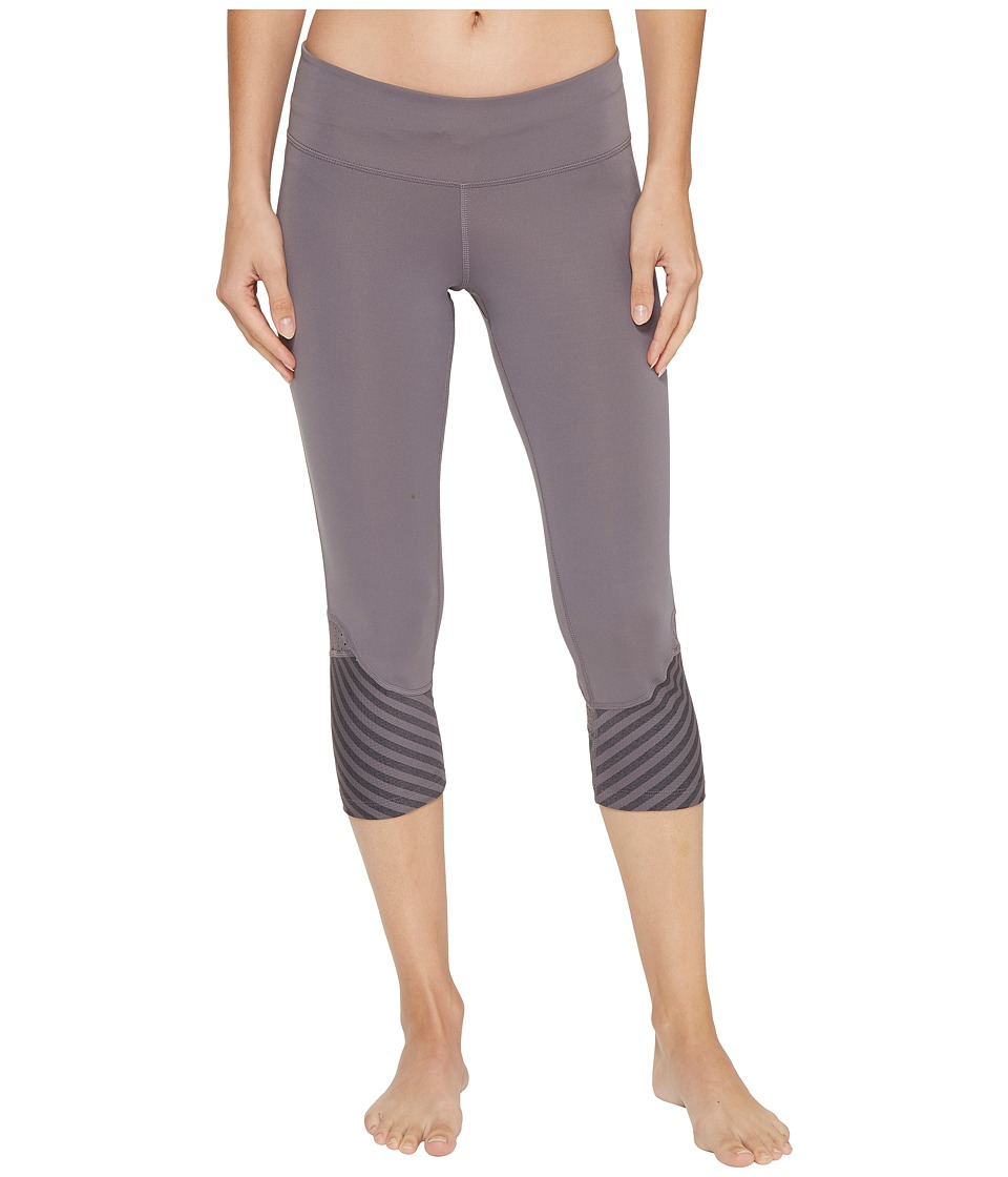 adidas - Supernova Tokyo Reversible 3/4 Tights (Trace Grey/Utility Black) Women's Workout