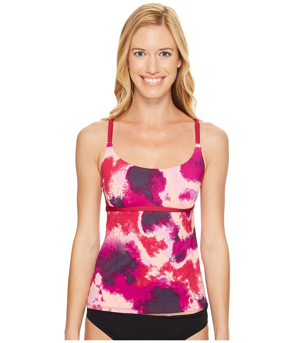 Nike - Cascade V-Back Tankini Top (Sport Fuchsia) Women's Swimwear
