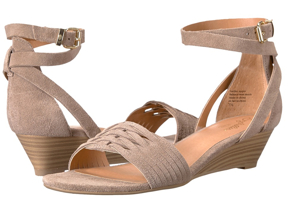 Seychelles - Sincere (Taupe Suede) Women's 1-2 inch heel Shoes