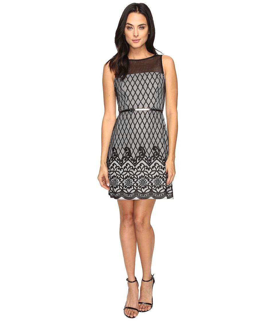 Jessica Simpson Diamond Bonded Lace Dress (Ivory/Black) Women