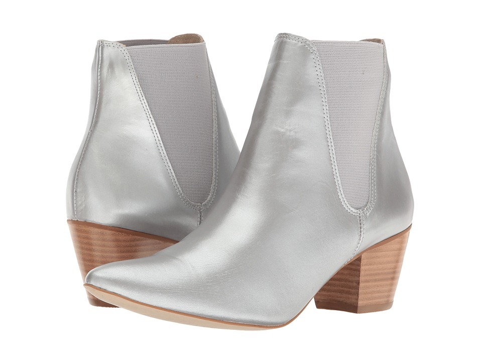 Matisse - Matisse x Amuse Society - Sass (Silver Leather) Women's Shoes