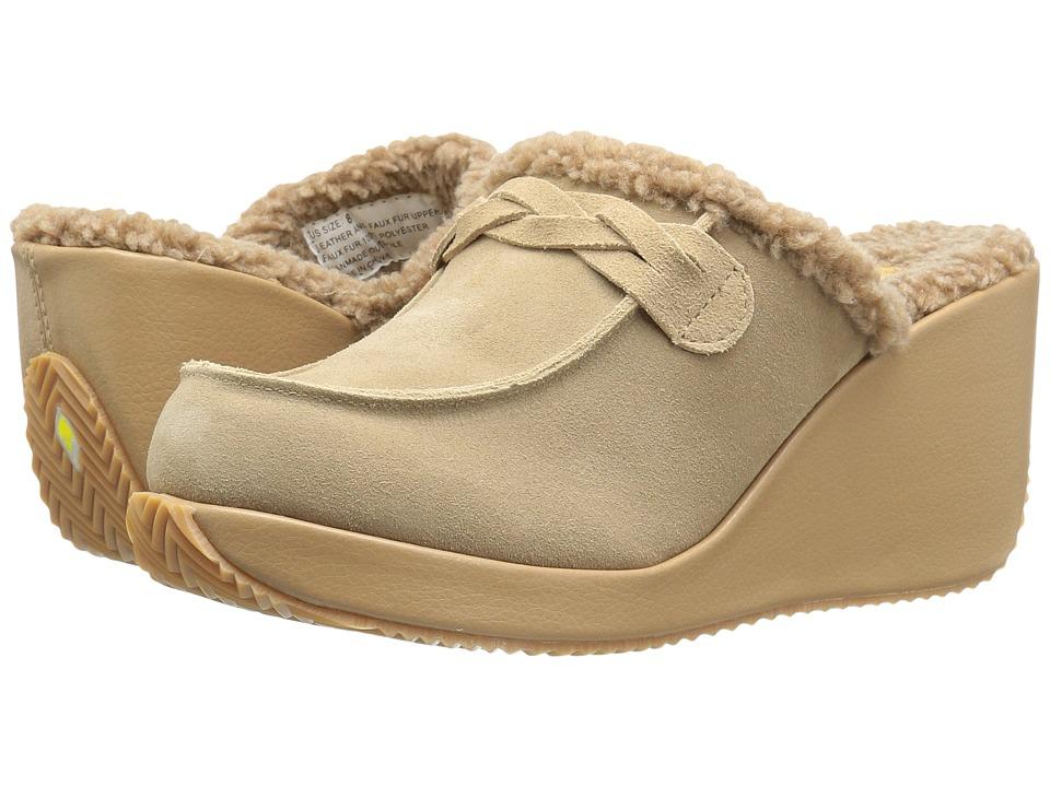 VOLATILE - Marvelous (Natural) Women's Slip on Shoes
